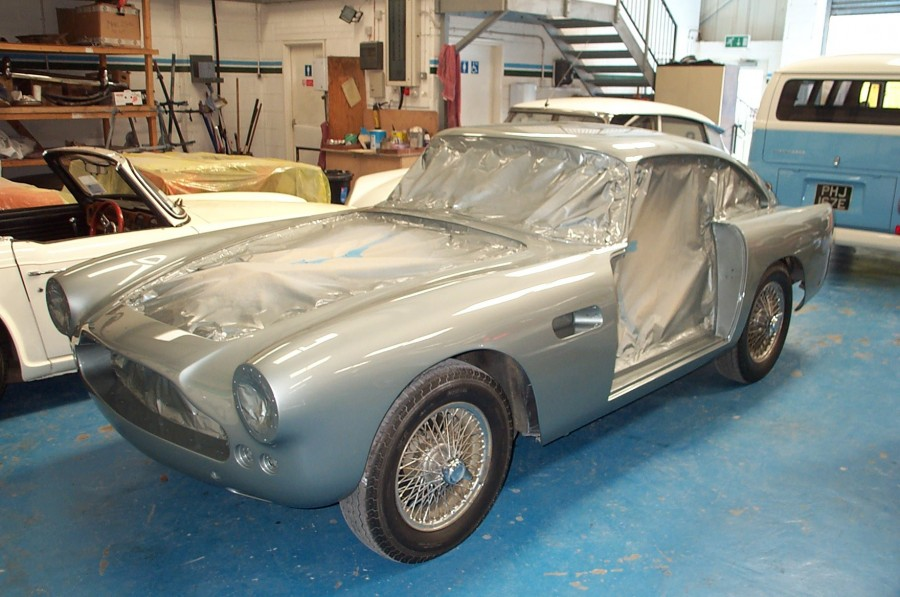 Restauration Aston Martin, Le Riche, Jersey